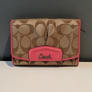 Coach Pleated Pink/Tan Wallet